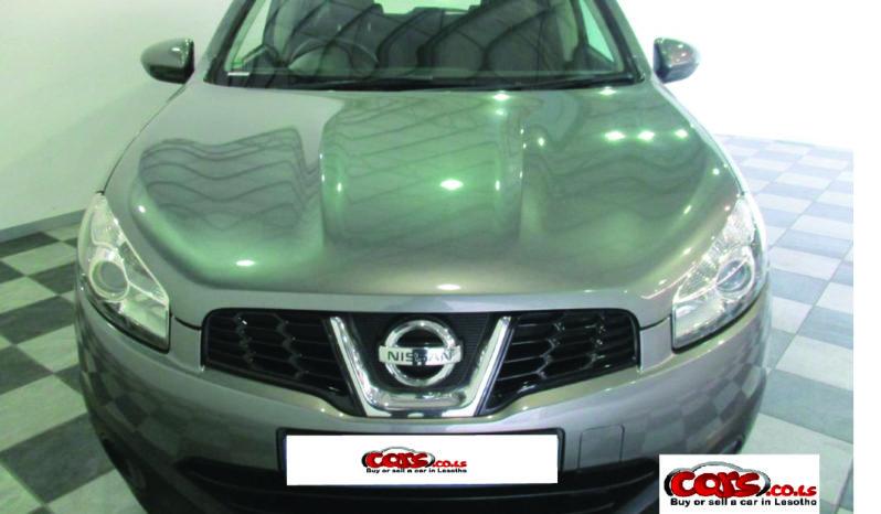 Local Nissan Qashqai 2014 full