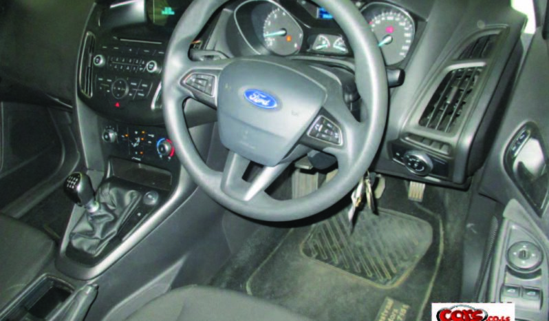 Local Ford Focus 2015 full