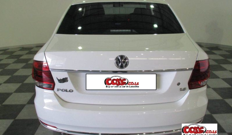 Local Volkswagen Polo 2015 full