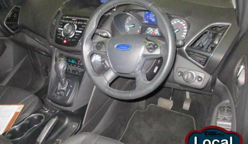 Local Ford Kuga 2013 full