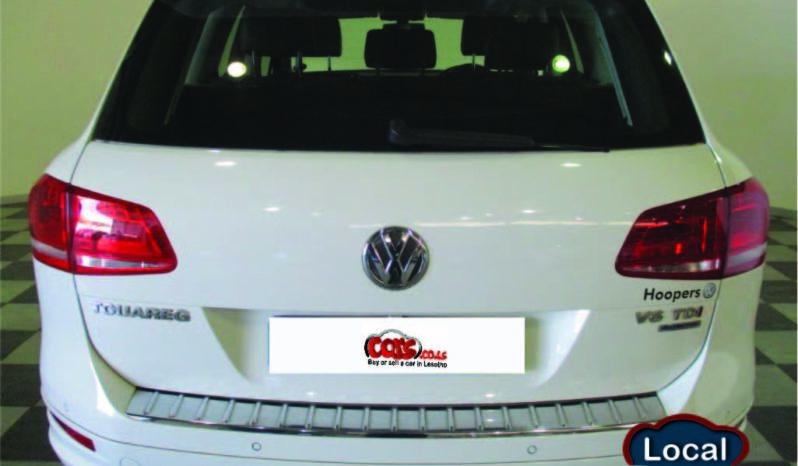 Local Volkswagen Touareg 2015 full